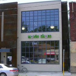 movinshoes-storefront